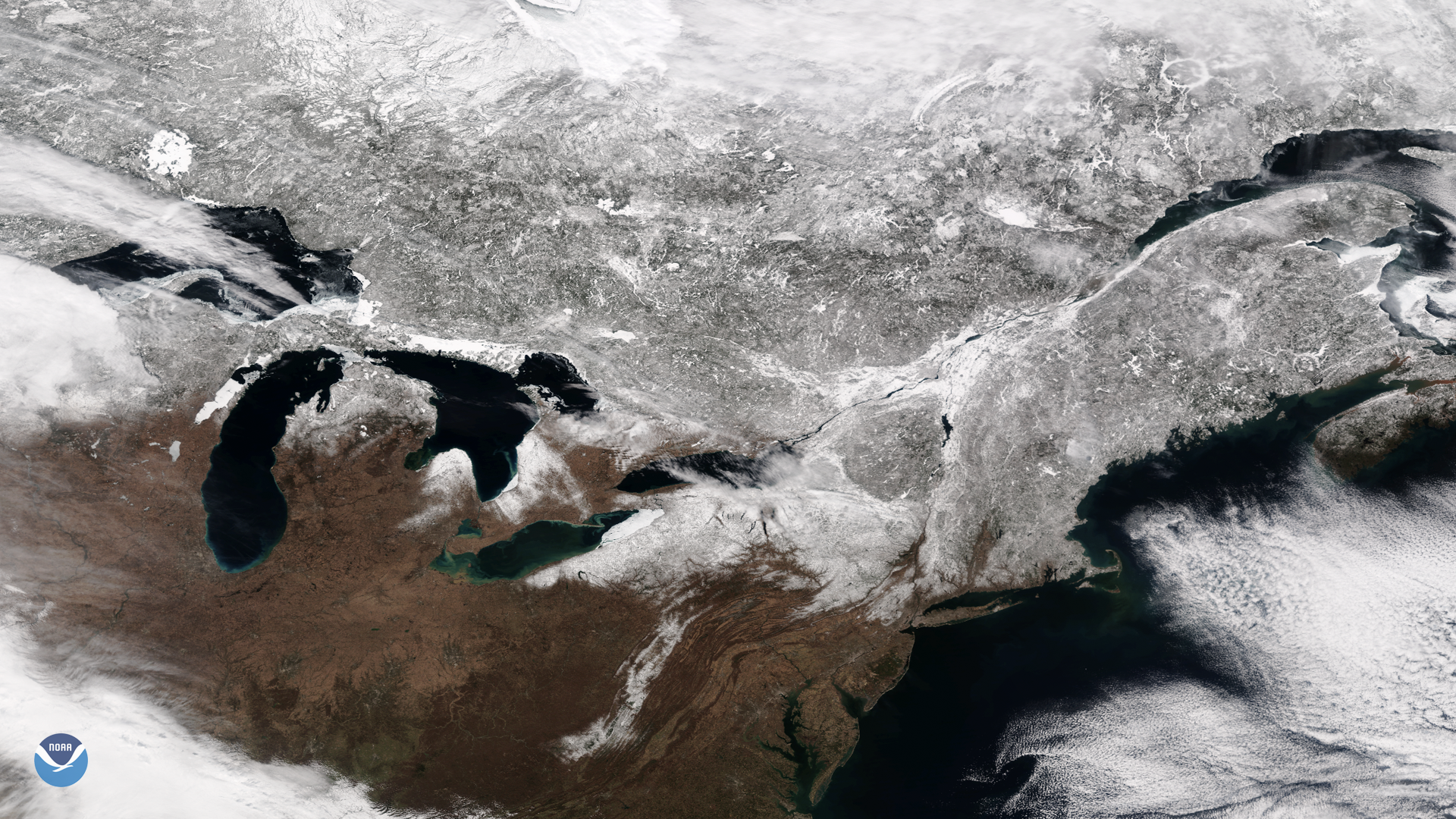 Snow Blankets Eastern North America